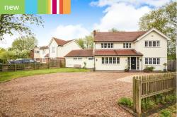 Detached House For Sale  Chelmsford Essex CM3
