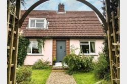 Semi Detached House For Sale  Colchester Essex CO5