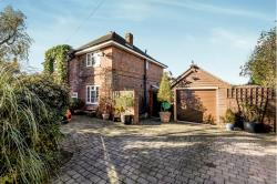Detached House For Sale  Lee-On-The-Solent Hampshire PO13
