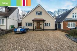 Detached House For Sale  Bricket Wood, St. Albans Hertfordshire AL2