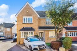 Detached House For Sale  Pitstone, Leighton Buzzard Bedfordshire LU7