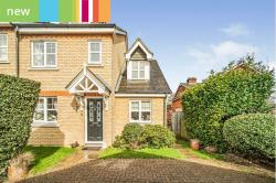 Terraced House For Sale  Digswell, Welwyn Hertfordshire AL6