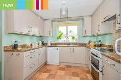 Detached House For Sale  Barrowby, Grantham Lincolnshire NG32