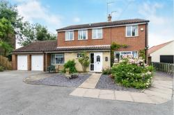 Detached House For Sale  Willingham By Stow, Gainsborough Lincolnshire DN21