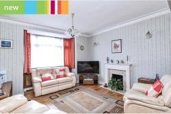 Detached House For Sale  Hertfordshire Hertfordshire EN5