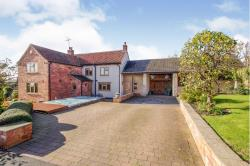 Detached House For Sale  Laxton, Newark Nottinghamshire NG22