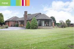 Detached Bungalow For Sale  West Stockwith, Doncaster South Yorkshire DN10