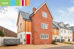 Terraced House For Sale   Saxmundham Suffolk IP17