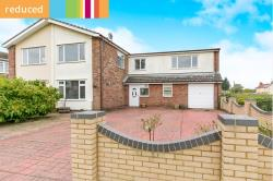 Semi Detached House For Sale  Felixstowe Suffolk IP11