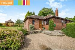 Detached Bungalow For Sale  Wakefield West Yorkshire WF4