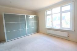 Terraced House To Let  London Greater London SE2
