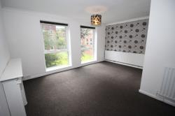 Flat To Let Cheadle Hulme Cheadle Greater Manchester SK8
