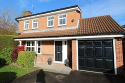 Detached House For Sale  Chesterfield Derbyshire S40