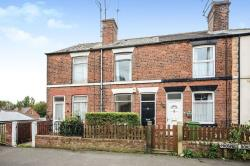 Terraced House To Let Old Whittington Chesterfield Derbyshire S41