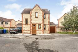 Detached House For Sale  Mastin Moor Derbyshire S43