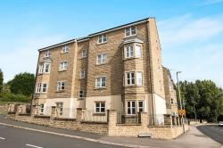 Flat To Let  Cleckheaton West Yorkshire BD19