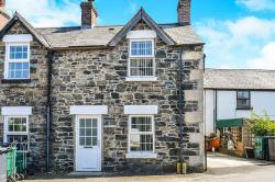 Terraced House To Let Llanfairtalhaiarn Abergele Conwy LL22