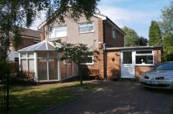 Detached House To Let Bramhall Stockport Greater Manchester SK7