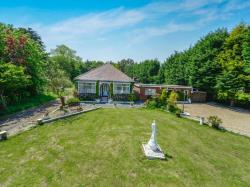 Detached Bungalow For Sale Hornsea Hull East Riding of Yorkshire HU11