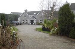 Detached House To Let  Newtownabbey Antrim BT36