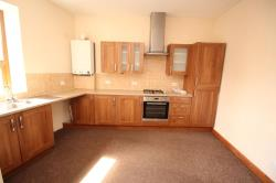 Flat To Let Hadfield Glossop Derbyshire SK13
