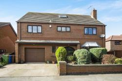 Detached House For Sale East Cowick Goole East Riding of Yorkshire DN14