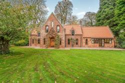 Detached House For Sale Marshchapel Grimsby Lincolnshire DN36