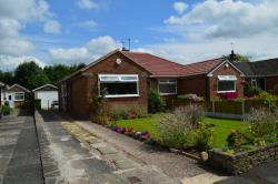 Semi Detached House To Let Hazel Grove Stockport Greater Manchester SK7