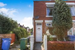 Terraced House To Let Hazel Grove Stockport Greater Manchester SK7