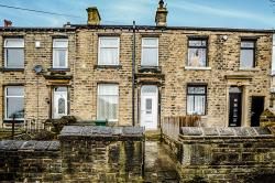Terraced House To Let Oakes Huddersfield West Yorkshire HD3
