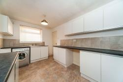 Terraced House To Let  Hull East Riding of Yorkshire HU8