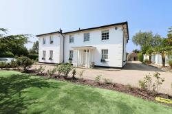 Detached House For Sale  Stapleford Abbotts Essex RM4