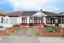 Terraced Bungalow To Let  Ilford Essex IG6
