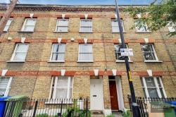 Terraced House For Sale  London Greater London SE17