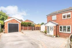 Semi Detached House For Sale  Tingley West Yorkshire WF3