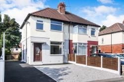 Semi Detached House To Let  Stockport Greater Manchester SK5