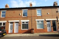 Terraced House To Let  Stockport Greater Manchester SK5