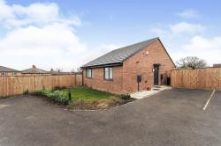 Detached Bungalow For Sale  Thurnscoe South Yorkshire S63