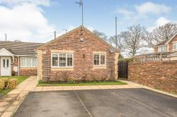 Terraced Bungalow For Sale  Rothwell West Yorkshire LS26