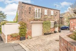 Detached House For Sale  Rothwell West Yorkshire LS26