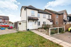 Semi Detached House To Let  Rye East Sussex TN31