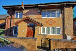 Detached House To Let  Salford Greater Manchester M5