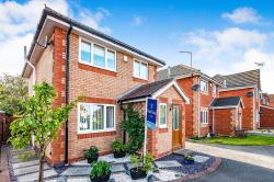 Detached House For Sale  Hornsea East Riding of Yorkshire HU18