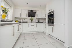 Detached House For Sale  Hull East Riding of Yorkshire HU8