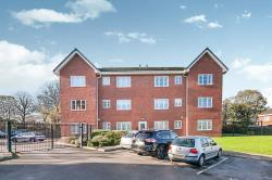 Flat To Let Timperley Altrincham Greater Manchester WA15