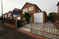 Detached House To Let Timperley Altrincham Greater Manchester WA15
