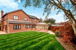 Detached House For Sale Durkar Wakefield West Yorkshire WF4