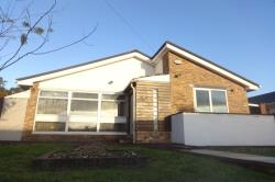 Detached Bungalow To Let  Wakefield West Yorkshire WF2