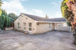 Detached Bungalow To Let  Wakefield West Yorkshire WF1