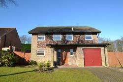 Detached House To Let Lordswood Chatham Kent ME5